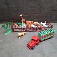 Mainan Hewan Karet ukuran Kecil / Animal set