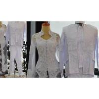 Baju akad nikah couple kebaya putih rok batik selop jas beskap