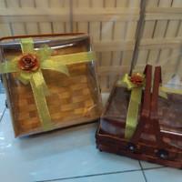 keranjang hantaran bambu/kotak kue 25x25