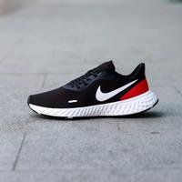 Sepatu Original Nike Revolution 5 Black White Red