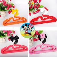 NEW!! Hanger Setelan Anak   Gantungan Baju Anak Motif Mickey & HK