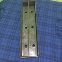 Panggangan sate bahan plat baja