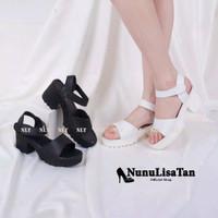 sepatu sandal high heels wanita remaja docmart heel putih hitam casual