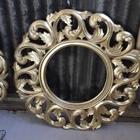 Cermin hias ukir warna gold