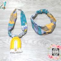 Kalung Batik Wanita Macrame & Bandana Silang - Kuning
