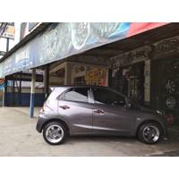 Paket Velg Celong Ring 15 dan Ban Mobil Accelera buat Velg mobil Brio