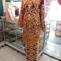 baju penganten Minang Payet Jepang pakai ekor panjang baju koto gadang