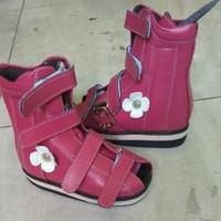 sepatu orthopedi koreksi kaki bengkok Clubfoot ctev