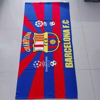 Handuk mandi karakter bola barcelona
