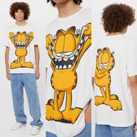 Bershka T-shirt Garfield warna BW