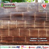 Tirai bambu kulit hitam Size Lebar 2m x Tinggi 1,5m Sudah di vernis