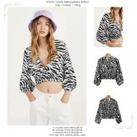baju atasan crop lengan panjang hitam putih belang zebra