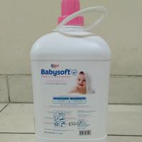 YURI BABYSOFT PELEMBUT DAN PEWANGI PAKAIAN 3.7 liter