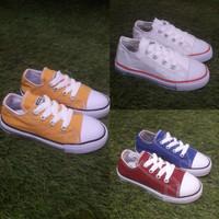 sepatu converse anak warna kuning putih biru maron ukuran 18 19 20 26