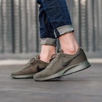 Sepatu Original Pria Nike Tanjun Green Black