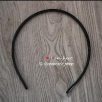Bando hitam plastik polos (0,5 cm)