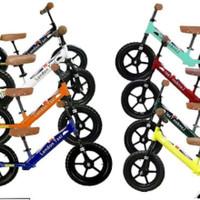 London Taxi Balance Bike sepeda balance anak