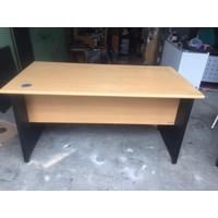 Meja kantor / meja kerja 1 biro 140x75cm, T: 74-75cm Murahh