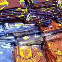 Sarung Bantal dan Guling motif club Bola