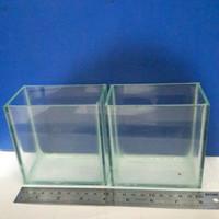 Aquarium mini Ikan Cupang Size P= 10 cm, L = 5 cm, T = 10 cm kaca 3 mm