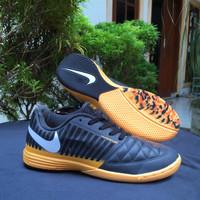 Sepatu Futsal Nike Lunar Gato II nighfall Pack IC