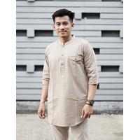 Baju Koko Pria Qurta Exclusive Lengan 3/4 Kurta Al-Akh - M, Putih