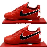 sepatu olahraga sepatu sepak bola sepatu futsal nike sepatu futsal - Hitam putih, 41