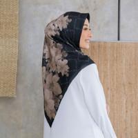 Hijab Voal Segiempat Motif Latefa Hitam Jilbab Segiempat Voal Motif