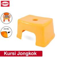 Kursi Jongkok Shinpo - Biru