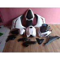 Paket headlamp kedok dan half fairing model ninja karbu untuk byson