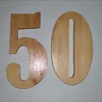nomer kayu, angka kayu, nomer rumah dari kayu