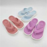 Sandal Crocs Reviva Jepit Wanita/Sandal Flip/Sandal Wanita - Ungu