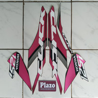 striping motor stiker Vario techno 125 thailand 2019 full hitam-pink
