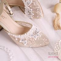 Sepatu Ankle Strap Adeline Gold