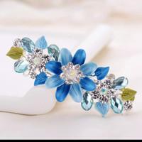 jepit rambut bunga kristal berlian imitasi