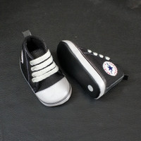 Prewalker Sepatu Bayi laki laki perempuan usia 2-15 bulan hitam