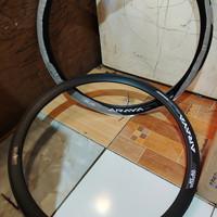 velk sepeda ukuran 700c merk araya seri KS 40 hole 32 Aloy warna hitam