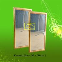 Bingkai Cermin ukir gold size. (30x60cm)