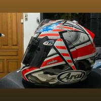 Arai helmet Rx7 rr4 laguna seca