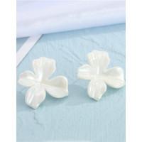 LRC Anting Tusuk Fashion White Flower Angel Three-dimensional P49713