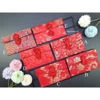 Angpao Imlek Sangjit Kain Premium Merah Kancing Bunga
