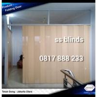 Penyekat Ruangan / Folding door / Pintu Lipat Pvc Free Ukur