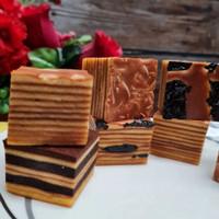 Hampers Imlek Kue Lapis Premium
