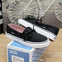 Sepatu pria vans zapato premium black white. sepatu sneakers pria