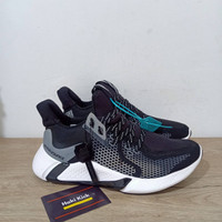 Sepatu Adidas Alphabounce Yeezy Boost Black White