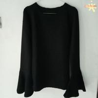 Atasan blouse wanita preloved warna hitam bahan melar tangan terompet