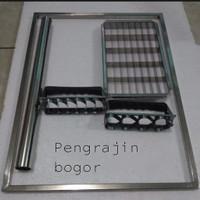 Paket frame rolingan adonan dan cetakan kue kering
