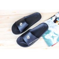 sandal/ sandal pria terbaru/ sandal slop/ sandal distro