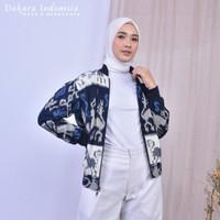 Manaka Etnik Jacket Tenun Ikat Dakara Indonesia