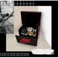 Giant Shoe Box NIKE RED BLACK/ Kotak Laci Storage Sepatu Raksasa